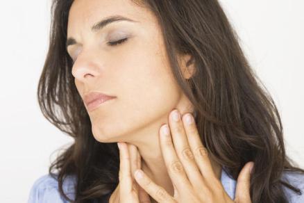 Тянущая боль в правом боку со спины у женщин